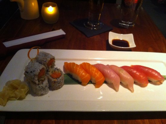Sushi dinner salmon yellowtail tuna picture of fusha for Yellowtail fish sushi