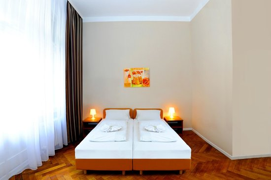 Photo of Hotel Pension Elegia Berlin