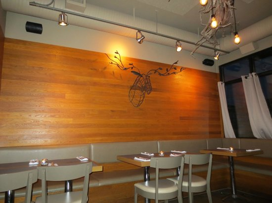 Wall decor picture of waterfront wines restaurant bar