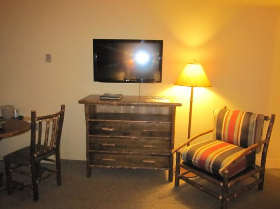 Room With Two Double Beds Picture Of Yosemite Lodge At