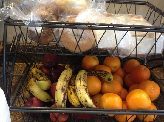 Baymont Inn & Suites West Lebanon: Their continental breakfast