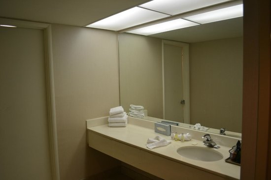 Wonderful Mirrormodern Hotel Heated Bathroom Mirror  Hotel Bathroom Mirror