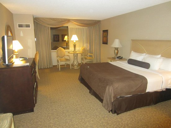bedroom picture of trump taj mahal atlantic city tripadvisor