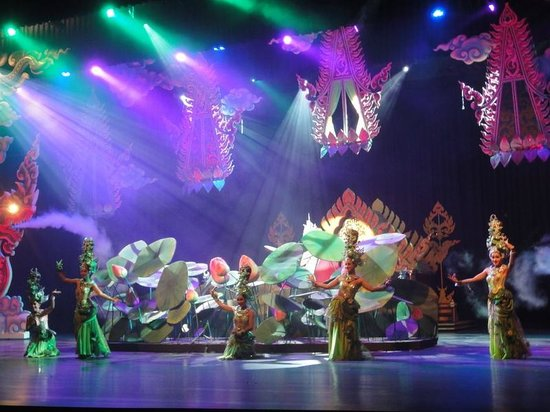 Ladyboy Show - Picture of Colosseum, Pattaya