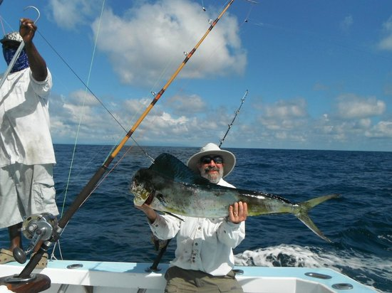 Moe and the mahi picture of fishing costa rica with big for Costa rica fishing charters
