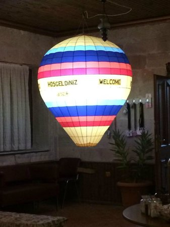 Urgup balloon - land on trailer - Picture of Urgup Hot Air ...
