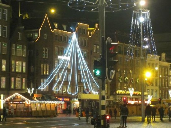 View of hotel from dam square the light tree picture of for Swissotel amsterdam