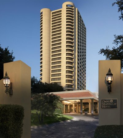 Omni Mandalay Hotel at Las Colinas Photo