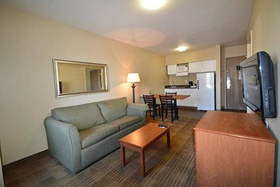 1 Bedroom Suite 2 Queen Beds Picture Of Extended Stay America Anchorage Midtown