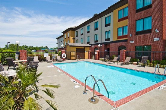Hotel exterior picture of olive branch mississippi tripadvisor for A swimming pool is 50m long and 20m wide
