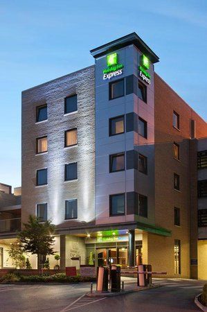 Photo of Holiday Inn Express Dublin Airport