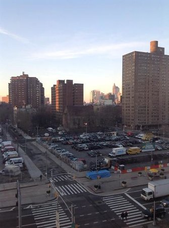 Holiday Inn NYC - Lower East Side: vue depuis la chambre