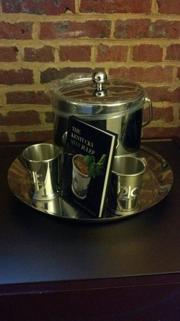 21c Museum Hotel Louisville: Silver mint julep cups in the room