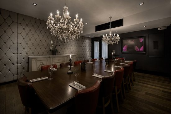 Our lovely private dining room for Best private dining rooms cheshire
