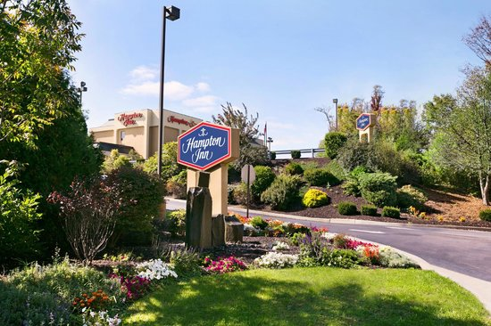 Photo of Hampton Inn Bedford