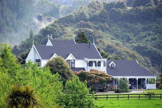 Country Homestead At Black Sheep Farm Waipu New Zealand