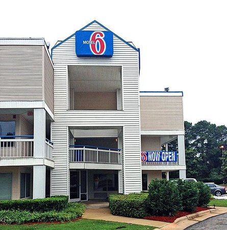 ‪Motel 6 Raleigh North‬