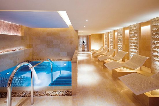 The Oriental Spa at The Landmark Mandarin Oriental, Hong Kong
