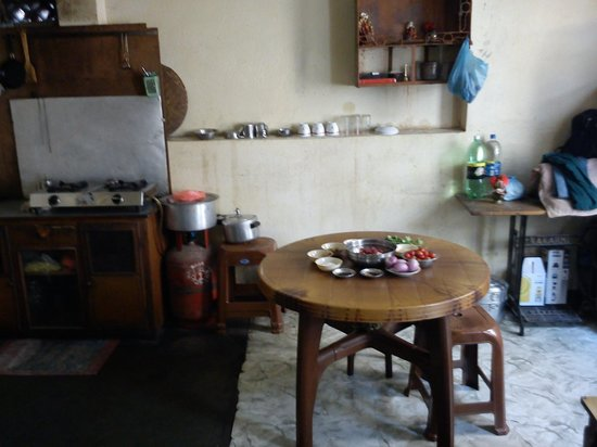 Purna 39 s kitchen where he will teach you to make momos for Kitchen set in nepal