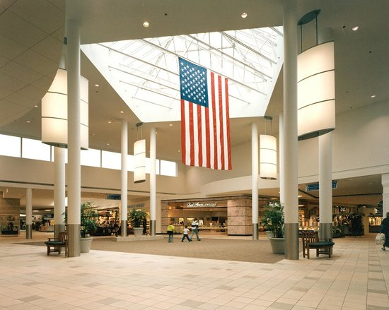 Eastwood Towne Center features upscale fashion retailers, home furnishing shops, and a variety of dining opportunities.