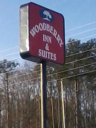 ‪Woodberry Inn & Suites‬