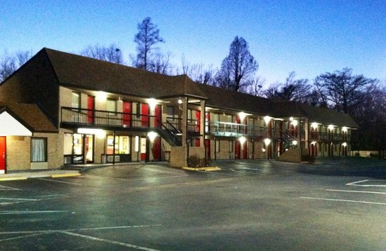 Photo of Travelers Inn Elizabeth City