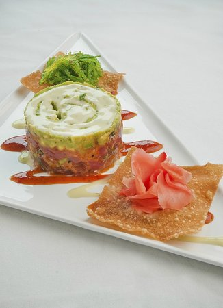 Flippers on the Bay: The Tuna Ceviche is amazing and such a treat
