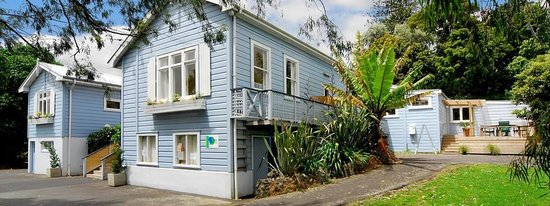 Photo of Pentlands Backpackers Hostel Auckland