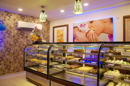 report on monginis cake -monginis outlets - cake shops, are conveniently located, with a friendly ambience and helpful staff, whose motto is - the complete satisfaction of the customer's sweet wishes  single unit investment for monginis franchise in india franchise expected investment for franchise: below rs 2,00,000: investments includes: franchise fee .