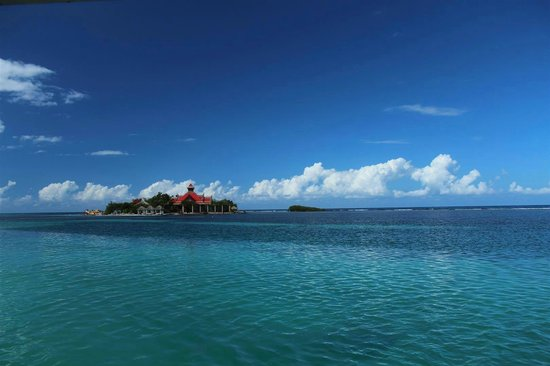Sandals Royal Caribbean Resort and Private Island: The private island