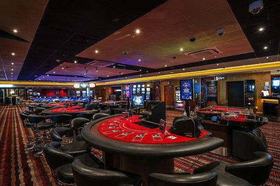 Poker & Blackjack live games - Picture of Genting Casino ...