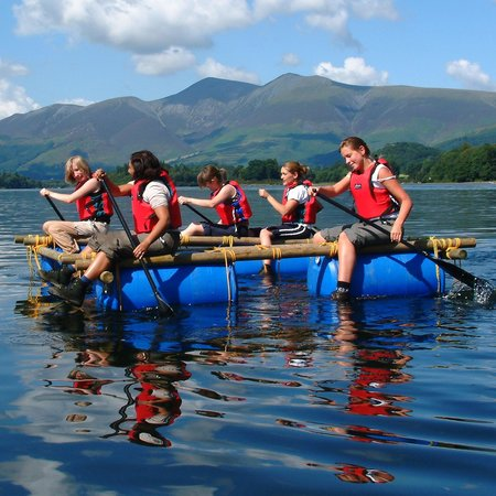 K Village Kendal In The Lakes District Key Adventures Photo: Raft Building in the Lake District