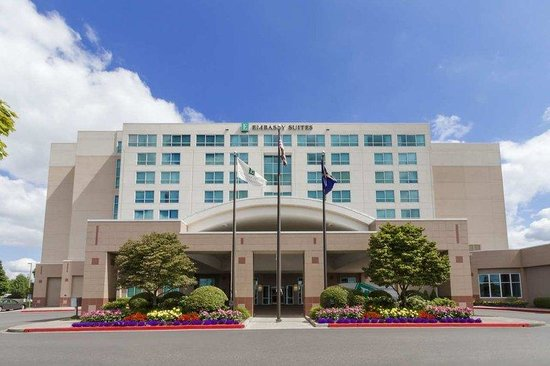 Photo of Embassy Suites Hotel Portland-Airport