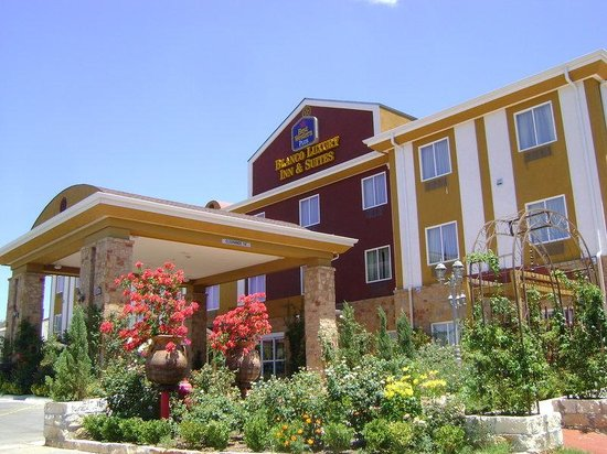 Photo of BEST WESTERN PLUS Blanco Luxury Inn & Suites