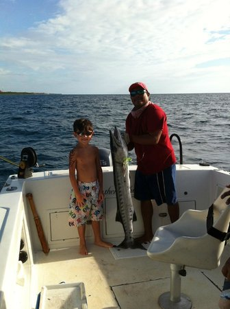 A great catch picture of the rusty hook playa del for Playa del carmen fishing charters