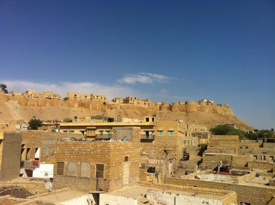 Mystic Jaisalmer Hotel: Fort view from the hotel