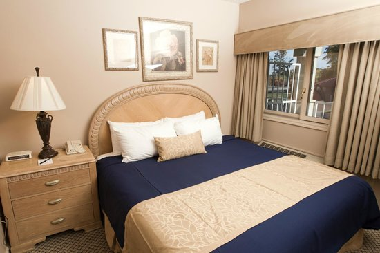 Family Vacation Critic Hotel Rooms For Large Families