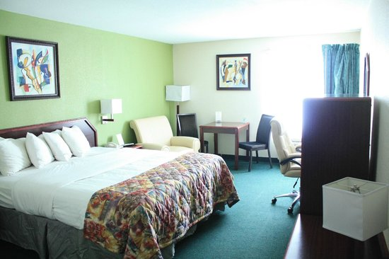 Photo of Baymont Inn & Suites Somerset