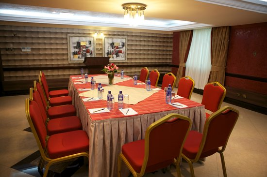Summerdale Inn: Conference
