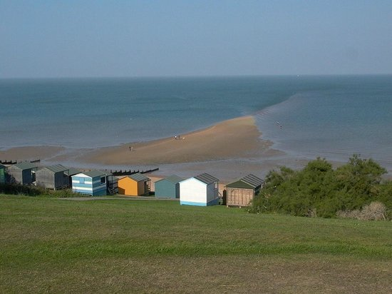 Quot The Street Quot Sticks Out At Low Tide Picture Of Tankerton Slopes Whitstable Tripadvisor