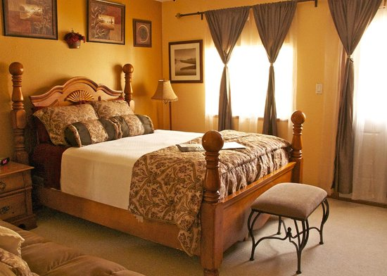 Photo of A Mooseberry Inn B&B Tok