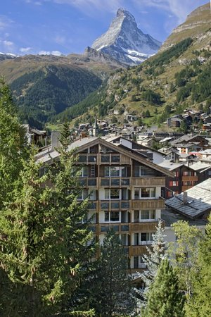 Photo of Hotel Holiday Zermatt
