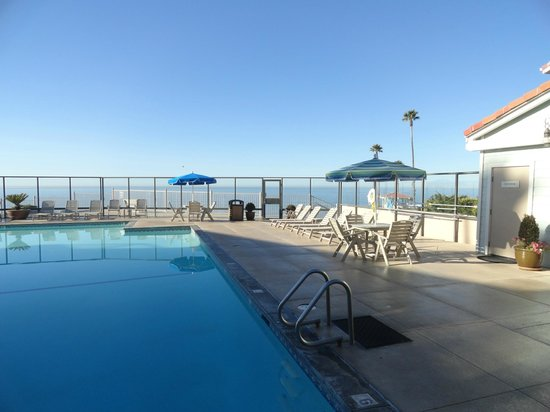 The most incredible pool area picture of best western for Best western pismo