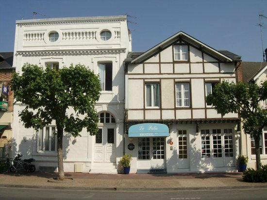 Photo of Hotel Le Patio Deauville