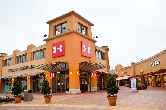Conveniently located, The Outlets at Orange is only minutes away from popular area attractions including Disneyland Resort, Angels Stadium, Honda Center, and the Anaheim Convention Center. The Outlets at Orange is on The City Drive just off the I-5 in Orange, California and serves nearby communities including Anaheim, Costa Mesa, and Buena loadingbassqz.cfon: 20 City Blvd W, Orange, , CA.