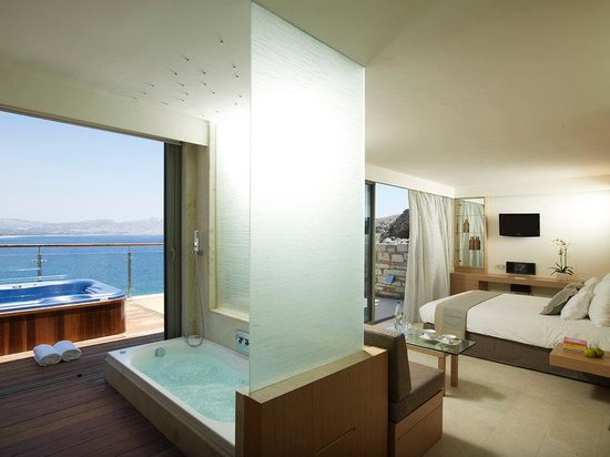 Lindos Blu: Double Deluxe with Outdoor Jacuzzi