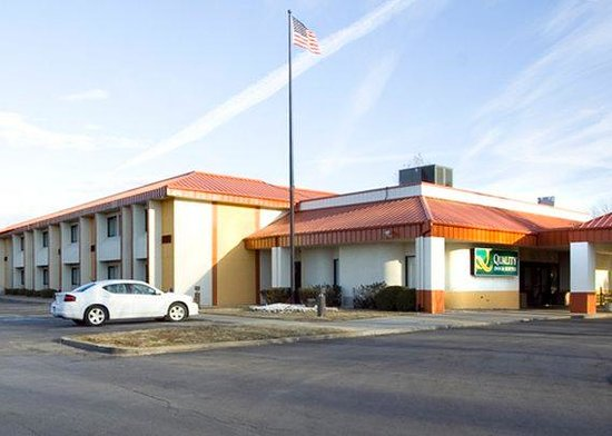 Quality Inn & Suites Worlds of Fun South