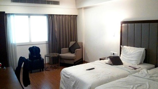 The triple sharing room we stayed in - Picture of Minerva Grand