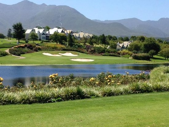 Fancourt: Montagu - from 16th tee back towards the villas
