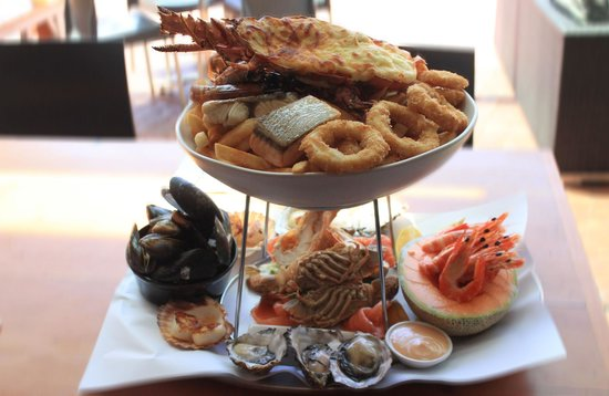 The 10 best restaurants near cyren bar grill seafood for Fish and shrimp near me